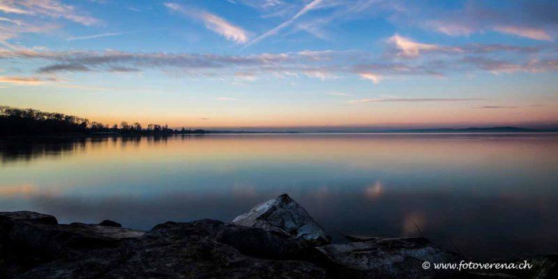 totale Stille an diesem föhnigen Wintertag am Bodensee